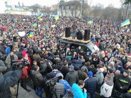 Выяснили, сколько сейчас платят митингующим в Киеве