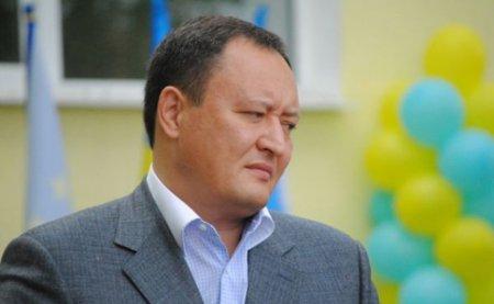 Глава Запорожской ОГА скрыл 5 элитных авто и дорогие путешествия